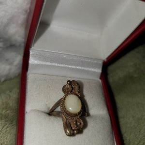 Antique mother of pearl and silver 925 size 5
